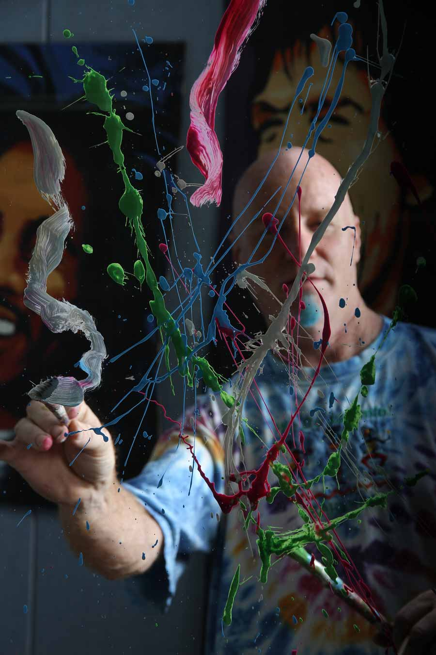October 2014: Speed painter Dale Henry  has brushes with fame.