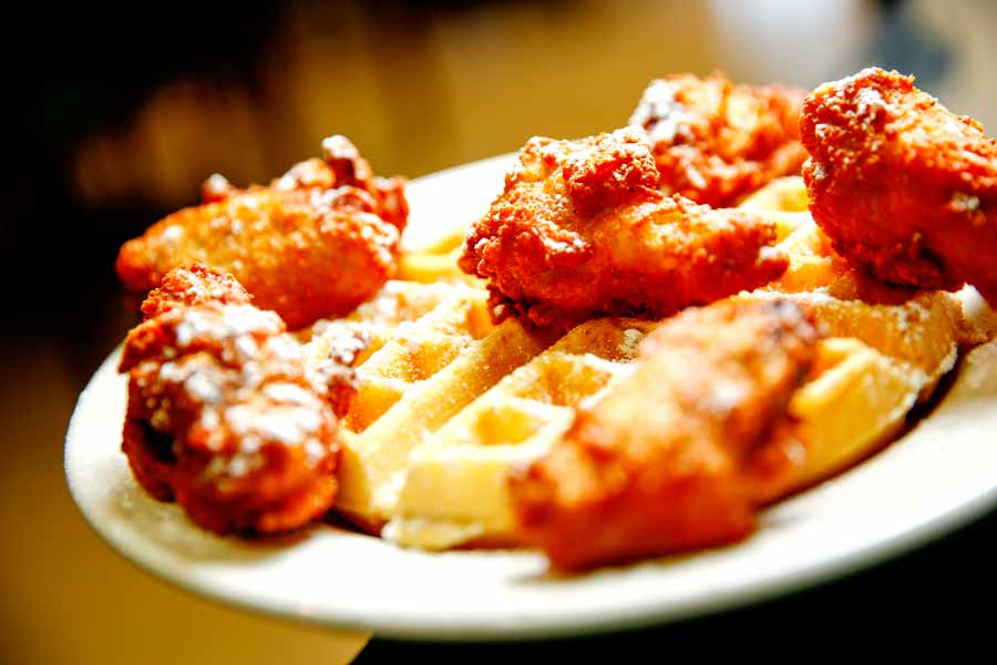 RaeRaes-Chicken-and-Waffles-0116_3374