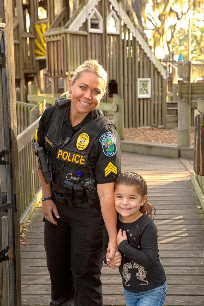 police-officer-and-daughter-at-park