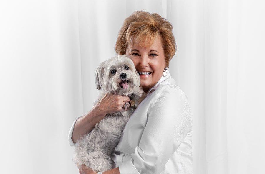 Tracy-Belton-holding-her-dog