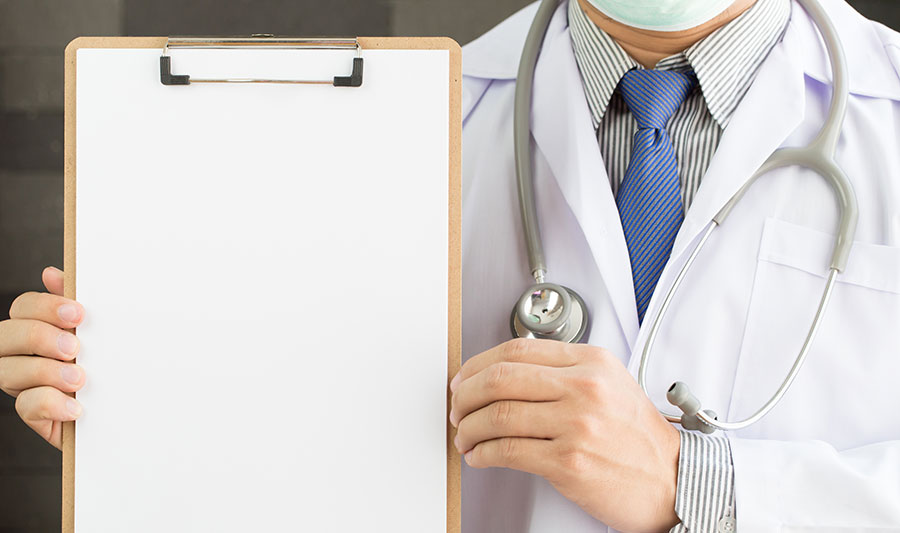 doctor-holding-clip-board