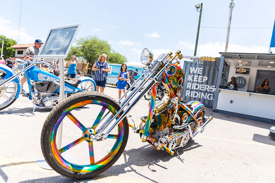 bikefest-classic-cars