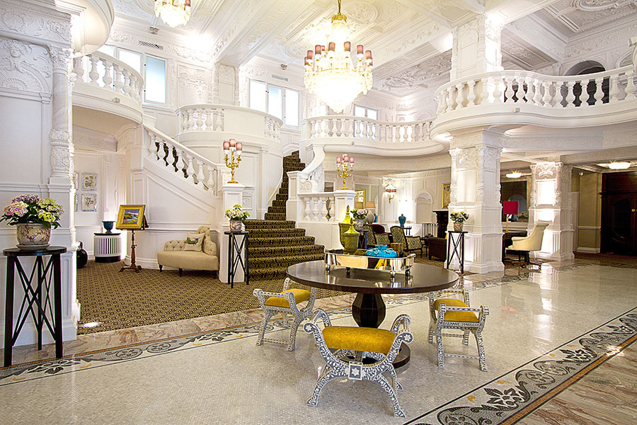 St-ermins-lobby