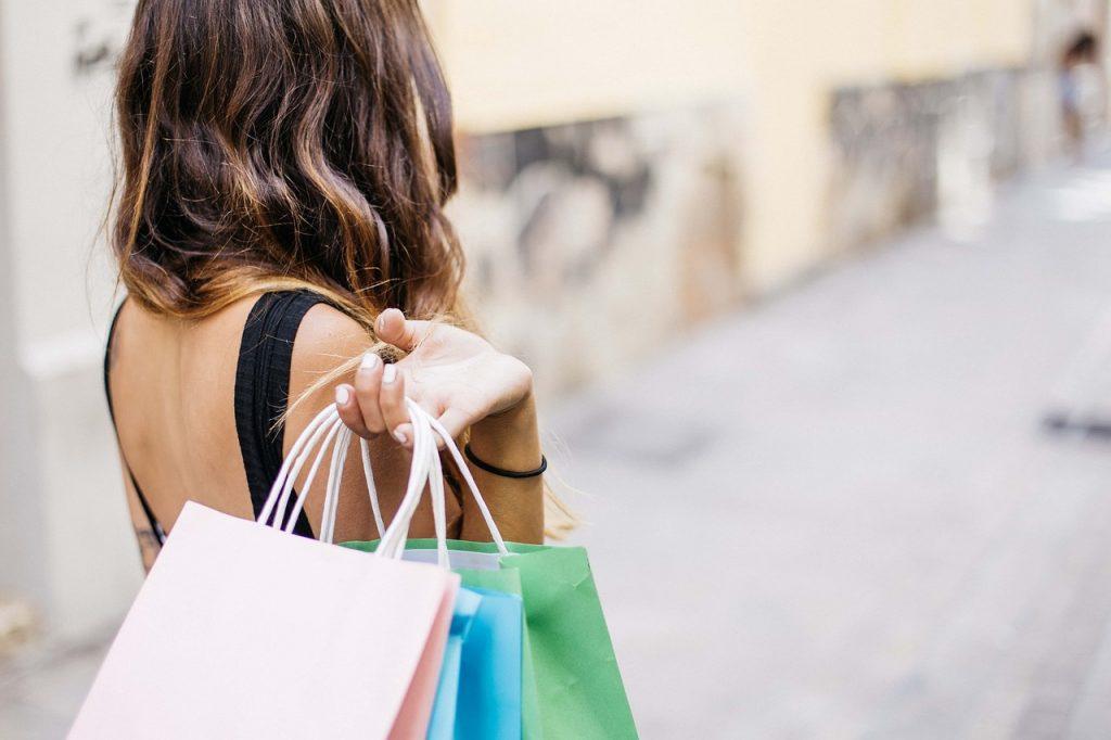 woman-shopper-carrying-bags