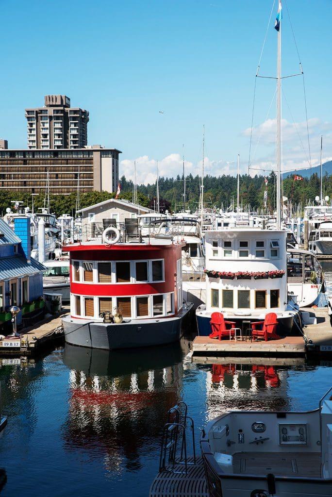 Houseboats-in-Coal-Harbor