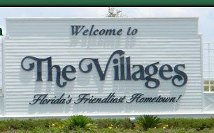 welcome-to-the-villages-sign