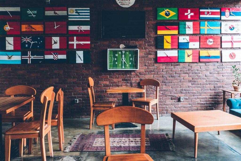empty-sports-bar