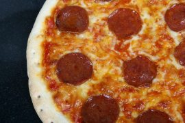 Groveland offering free pizza and Coke to residents in drive-thru event