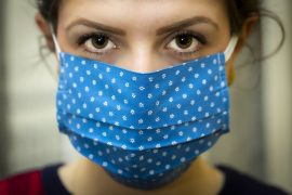 Libraries providing face masks to Lake County residents